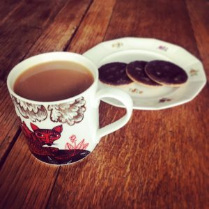 Cup of tea and biscuits after working on opening my clubface